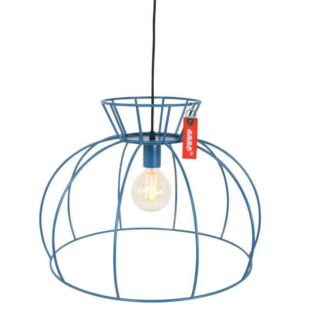 Anne Lighting | Anne Crinoline | Prachtige stoere draadlamp in frisblauw, perfect voor in een industrieel of scandinavisch interieur | www.homeseeds.nl #industrieel wonen # woontrend # draadlamp
