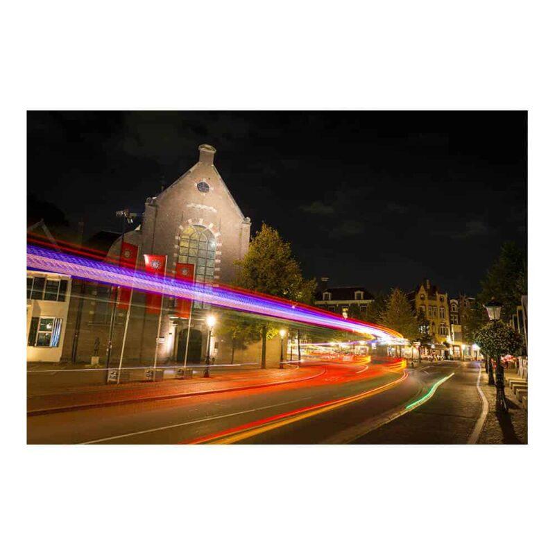 Gave foto print op matte papier, poster, ingelijste print of achter acryglas   Laserbeams in town   www.homeseeds.nl   #fineart #prints #kunst