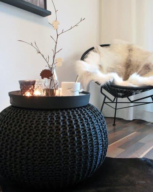 Welp Hippe-poef-met-dienblad---interieur-tips | Homeseeds.nl DK-37