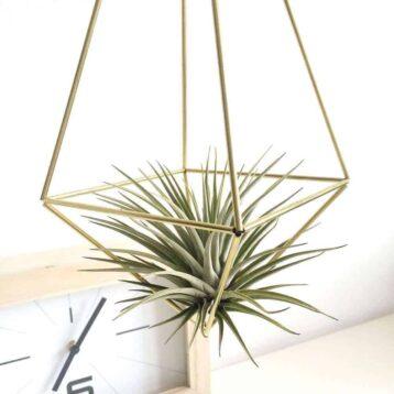 Himmeli drop medium van messing | Maak deze DIY Himmeli makkelijk zelf en hang ze op een leuke plek in jouw huis | www.homeseeds.nl