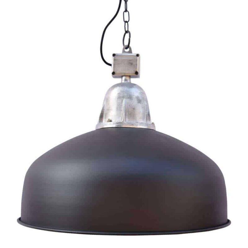 De hanglamp Industrial zwart is een stoere fabriekshanglamp verkrijgbaar in zwart en grijs | www.homeseeds.nl