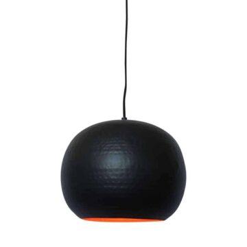 Hippe hanglamp Artisan zwart van metaal met koperen binnenzijde voor een mooi sfeervol licht | verkrijgbaar in drie kleuren en twee formaten | www.homeseeds.nl