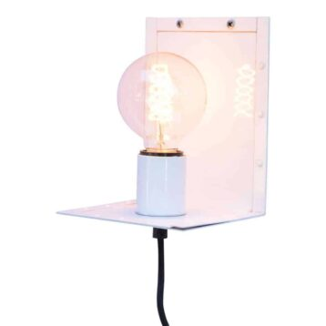 Witte wandlamp Hook van Urban interiors | stoer en industriele verlichting | www.homeseeds.nl