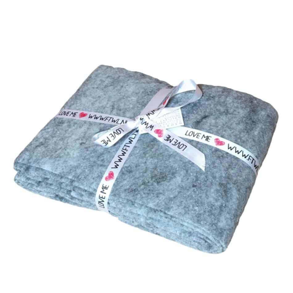Een ondertapijt of onderkleed gebruik je om jouw vloerkleed op zijn plek te houden | www.homeseeds.nl