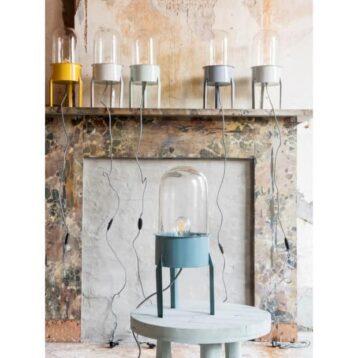 Stoere lamp Jupiter gemaakt van oud legerpannetje   stalen frame met glazen stolp   Stapelgoed   www.homeseeds.nl