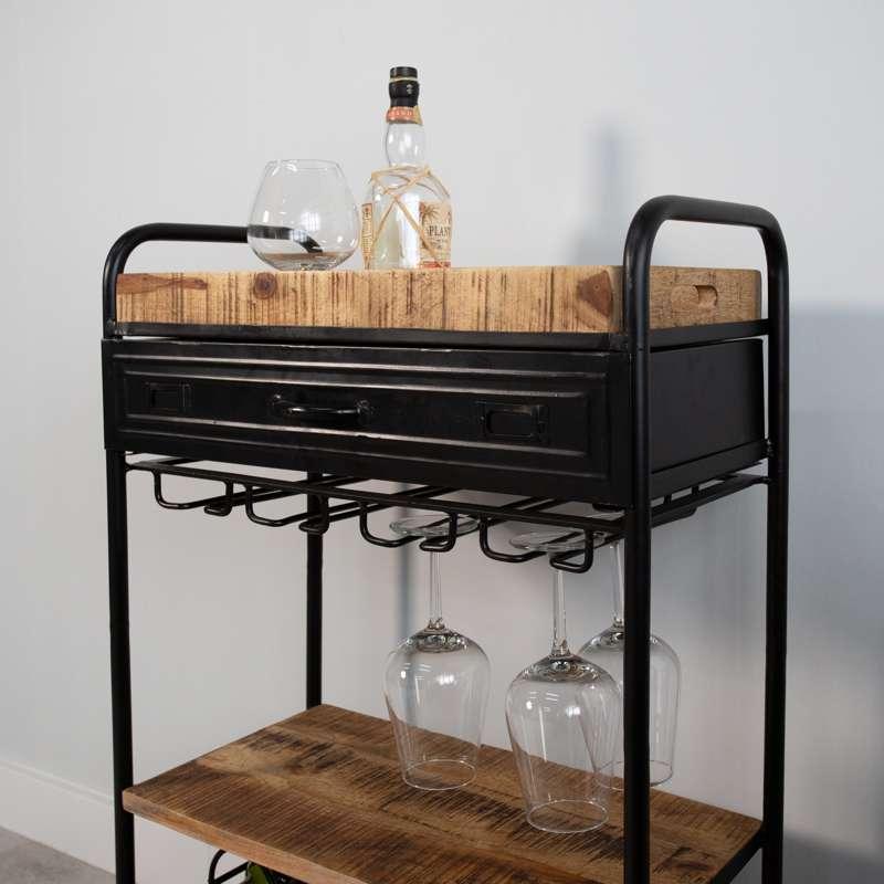 Wijntrolley met houten blad op wielen