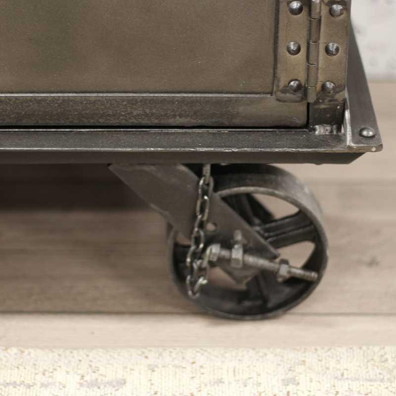 Industrieel dressoir op wielen mangohout dyce